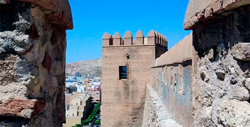 Qué hacer en Almería, descúbrela La Alcazaba