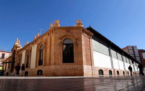 Qué hacer en Almería, descúbrela Mercado Central de Almería-exterior-fachada