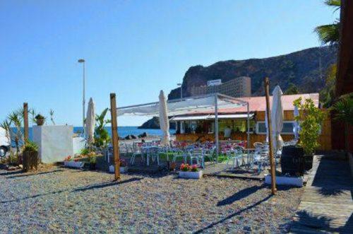 Terraza del chiringuito de El Palmer Aguadulce Almería
