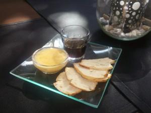 Ibiza Pilé - Bescuit con salsa Nadal