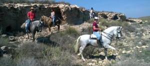 Ruta a caballo en Aguamarga
