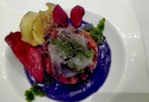 Tartar de la huerta almeriense y caballa marinada con huevas de volaoral wasabi