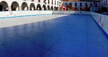 Little Park y su pista de hielo en Adra