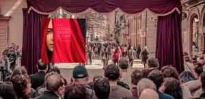 """44º Festival de Teatro de El Ejido Gran Fiesta del Teatro de Calle con """"Al otro lado"""""""